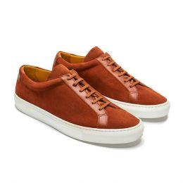 '01 Saffron, Casual Sneakers